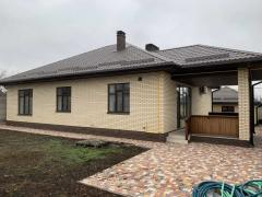 Sell the house, the village of Kirov, the owner